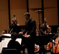 Richard McKay conducting the Dallas Chamber Symphony